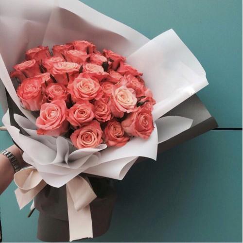 Купить на заказ Букет из 31 розовой розы с доставкой в Степняке