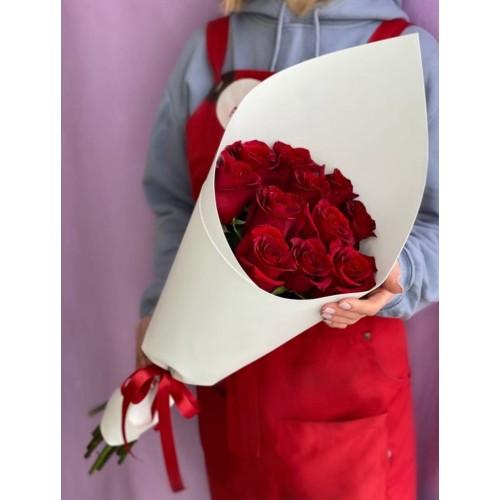 Купить на заказ 15 красных роз с доставкой в Степняке