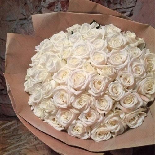 Купить на заказ Букет из 101 белой розы с доставкой в Степняке